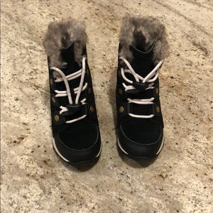 Toddler girls black sorel winter boots